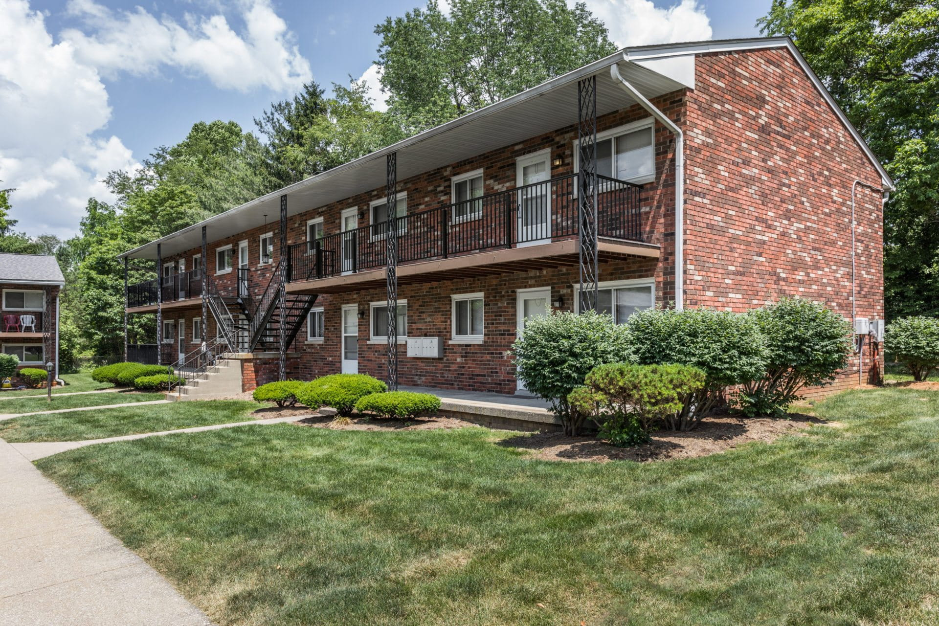 2 Bedroom Apartments In Champaign Il Communities Regency Multifamily